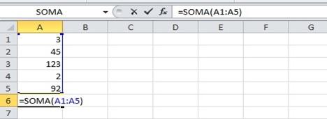 Trabalhando com função SOMA no Excel 2010.